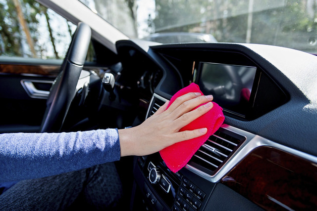 Remove Odors from a Car